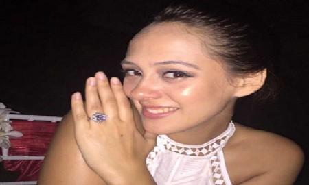 Yuvraj Singh Engaged with Hazel Keech1