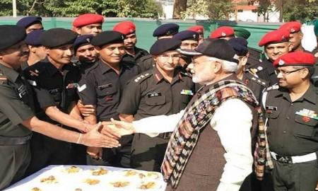 pm narendra modi celebrate diwali with army officers