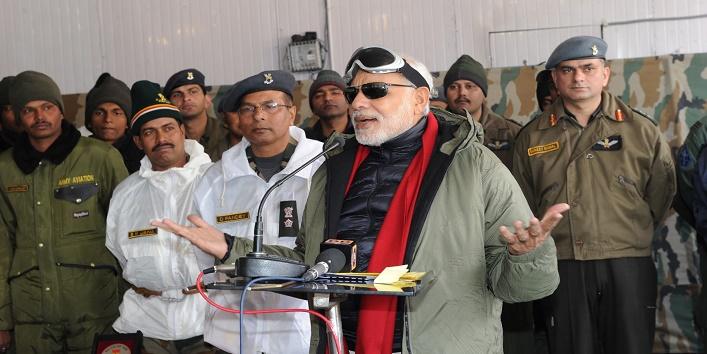 pm narendra modi celebrate diwali with army officers2