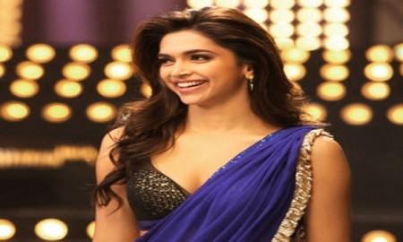 Jawani Deewani Saree Wearing Style-Sari