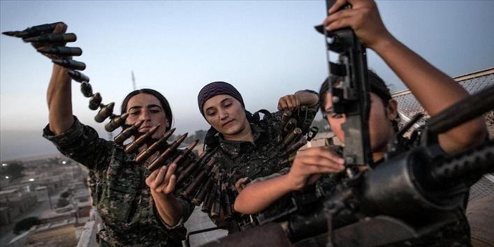 Kurdish women against ISIS