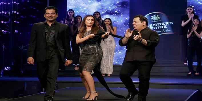 parineeti chopra looks stunning in blenders pride fashion show2