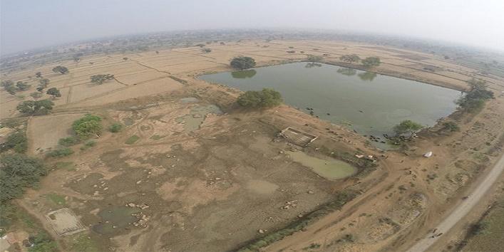 रातों रात गायब हुआ 12 साल पुराने तालाब का पानी 3