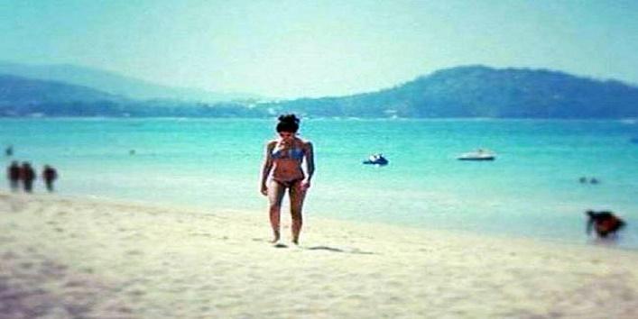 amitabh-bachchan-grand-daughter-navya-naweli-nanda-bikini-pics-viral
