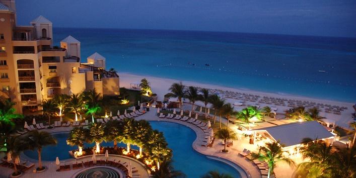 Ritz Carlton, Grand Cayman, pool at night