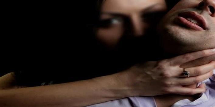 ten-girls-rape a man