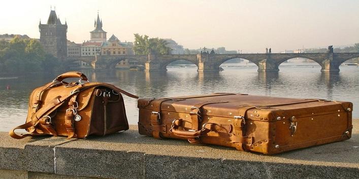 सूटकेस