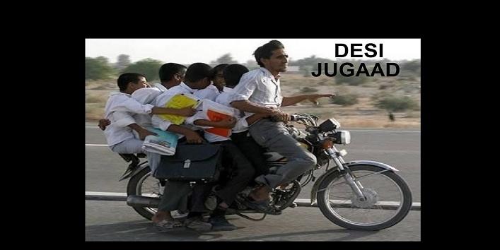 बिना गाड़ी के बाइक से ही इतने लोगों को सवार करने का यह जुगाड़ भारत में निर्मित हुआ होगा।